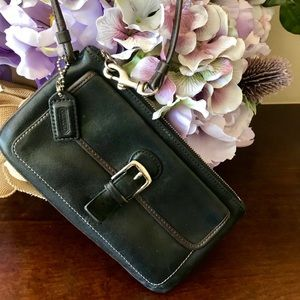 Vintage coach all leather wristlet